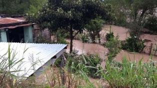 Continúa el mal tiempo con fuertes lluvia y rutas intransitables