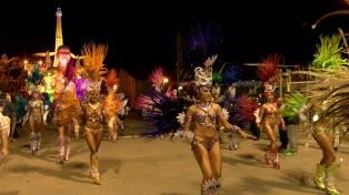 """Más de 45.000 personas disfrutaron el """"Carnaval del País"""" en Gualeguaychú"""