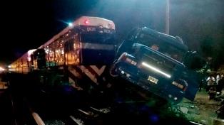 La línea Sarmiento normaliza el servicio, tras el accidente con el camión