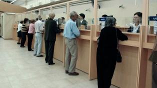 Por el paro del lunes, la Anses deposita mañana las jubilaciones
