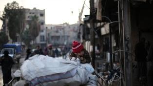 Un hombre logra repatriar a sus siete nietos huérfanos de combatientes de ISIS