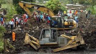 Al menos 17 muertos tras una avalancha de basura