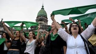 Plataformas para interpelar a los diputados, a favor y en contra del aborto