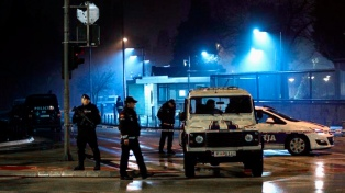 Atacante se suicida tras lanzar una granada a la embajada de EEUU