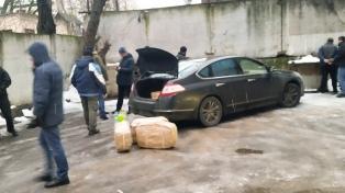 "El ""Señor K"" hasta llegó a pedir un micro a la Embajada Rusa para llevarse la droga"