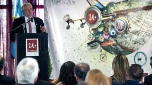 La Universidad Nacional conmemoró su décimo aniversario