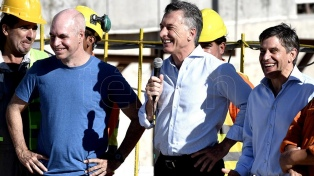 """Macri: """"La Argentina necesita muchas obras en marcha, que den trabajo mientras se hacen"""""""