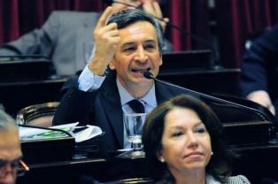 """Basualdo: """"Le ofrecimos nuestro respaldo al Presidente para que tenga gobernabilidad"""""""