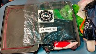Detuvieron en Ezeiza a un ruso con tres kilos de cocaína en el equipaje