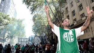 """Gremios porteños se movilizan contra """"el ajuste"""" en la ciudad de Buenos Aires"""
