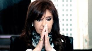Rechazaron un recurso de Cristina Kirchner contra el sobreseimiento de Bonadio