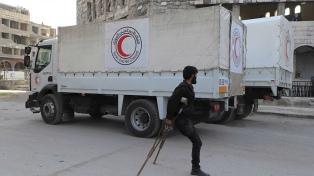 Rusia evacua a 52 civiles de Ghouta Oriental, mientras negocia con los rebeldes