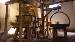 Las casas de adobe y los molinos harineros, parte esencial del paisaje de Jáchal