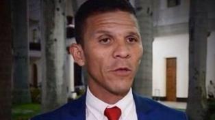 Fiscal dice que diputado opositor Caro está detenido y no desaparecido