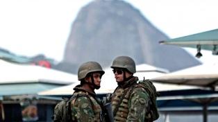 Los tiroteos en Río aumentan un 36% en los cuatro meses de intervención militar