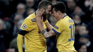 Con goles de Higuaín y Dybala, Juventus dejó afuera al Tottenham