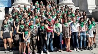 Diputados, actrices, y militantes pidieron la despenalización del aborto