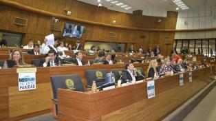 Media sanción a la ley que concede cupo de 50% a las mujeres para cargos electivos