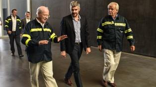 Peña se reunió con Paolo Rocca y recorrió la planta de Techint en Campana
