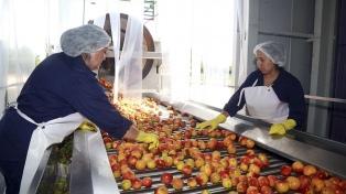 Uno de cada dos argentinos recibe servicios de cooperativas