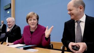 El bloque de Merkel se impondrá en las elecciones europeas, según sondeo