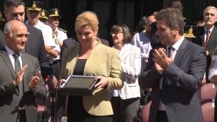 La presidenta croata homenajeó a Juan Vucetich