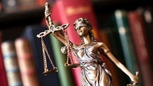 Suspendieron a Ana Roselfeld, ex abogada de Darthés, por revelar secreto profesional
