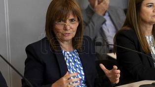 """Patricia Bullrich: """"La seguridad está garantizada"""", para jugar con visitantes"""
