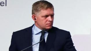 Renunció el primer ministro para salvar la coalición de gobierno