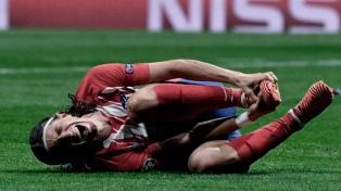 Filipe Luis se fracturó el peroné y peligra su presencia en el Mundial