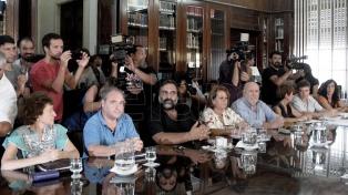 El gobierno bonaerense convocó a los gremios docentes a una reunión para el miércoles