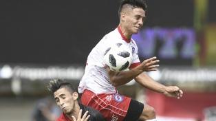 """Argentinos goleó al """"Lobo"""" como visitante en La Plata"""