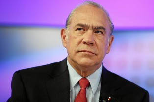 """La OCDE alerta de que Latinoamérica tiene una """"clase media vulnerable"""""""