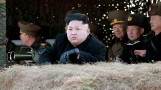 Las dos Coreas se reúnen para instalar una línea telefónica entre Kim y Moon
