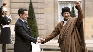 """Sarkozy atribuyó su procesamiento a una revancha de la """"banda de Kaddafi"""""""