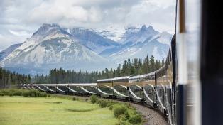 Una travesía de 21 mil kilómetros a bordo de los trenes más confortables del mundo