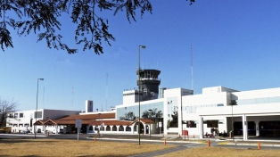 El aeropuerto estará cerrado por obras 21 días entre abril y mayo, y los vuelos operarán desde Jujuy