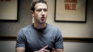 """Zuckerberg anunció cambios en Facebook y reconoció """"errores"""" en el uso de datos personales"""