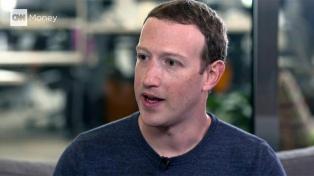 Zuckerberg se disculpó e intentó una autocrítica por el escándalo
