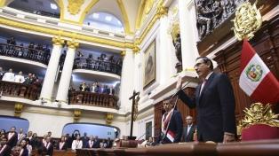 Renunciaron tres congresistas y el partido de Vizcarra quedó sin bancada propia