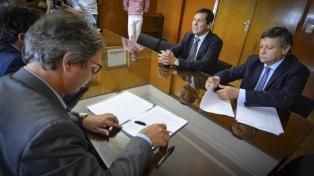 El Gobierno asistirá a la provincia con un préstamo por $500 millones