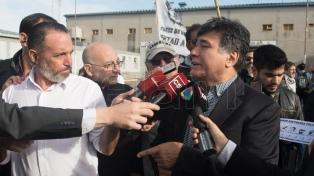 Zannini y D'Elía quedaron en libertad y responsabilizaron al Gobierno por sus detenciones