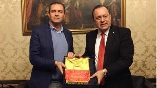 """Santos: """"En Turismo, vamos a apostar fuerte por Italia del sur"""""""