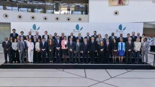 """El BID propone revertir el """"déficit de crecimiento"""" de América Latina y el Caribe"""