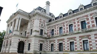 El gobierno bonaerense abrirá retiros voluntarios para empleados de la administración pública