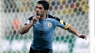 """Luis Suárez llegó a Uruguay para iniciar su """"revancha"""" en Rusia 2018"""