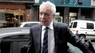 El presidente de Racing confirmó la salida de Coudet