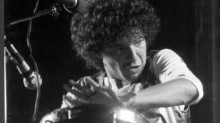 """""""Pollo"""" Raffo aborda el desafío de traducir la música de Miguel Abuelo al lenguaje sinfónico"""
