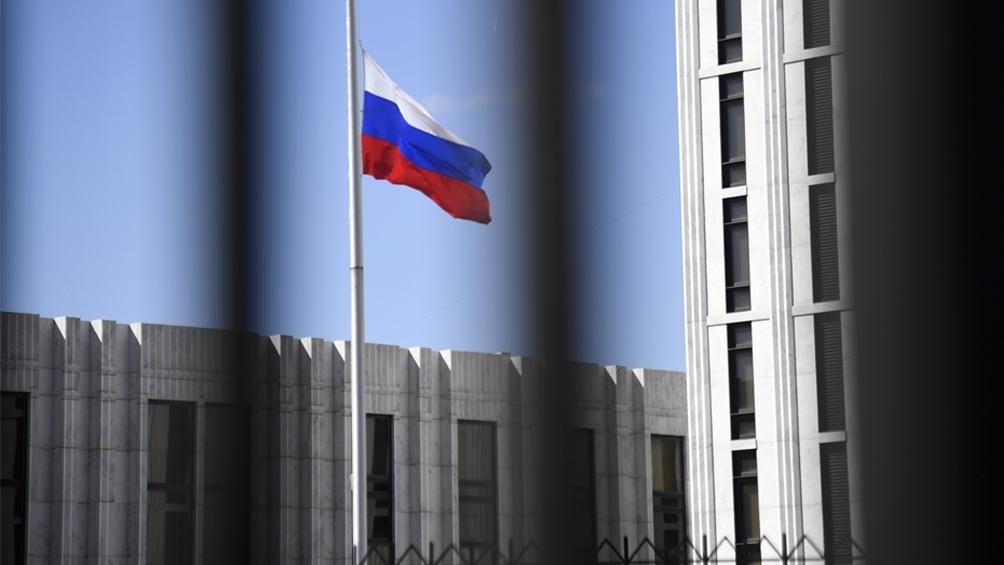 Rusia exige al Reino Unido que retire a más de 50 diplomáticos