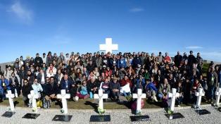 """Familiares de Malvinas: """"A través del diálogo y la paz podremos hacer estos viajes"""""""